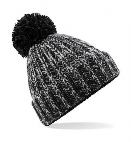 CAPPELLO TWIST KNIT POM